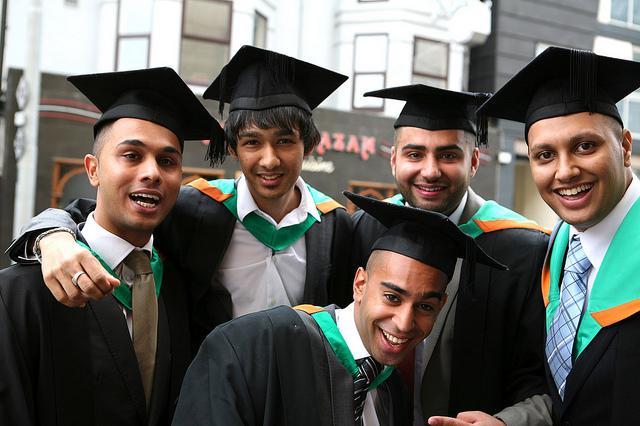 Graduates der Nottingham Trent University, England, CC BY-NC-ND 2.0