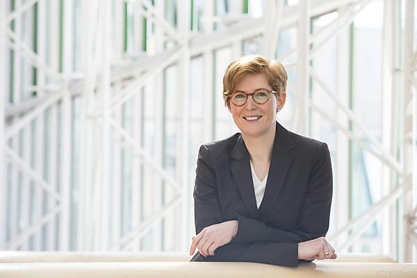 Prof. Eva Traut-Mattausch