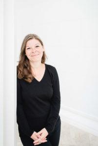 Am Österreichischen Institut für Familienfoschung beschäftigt sich Dr. Christine Geserick u. a. mit den Themen Lebensentwurf und Individualisierung und Sozialgeschichte der Familie in Österreich und Deutschland.