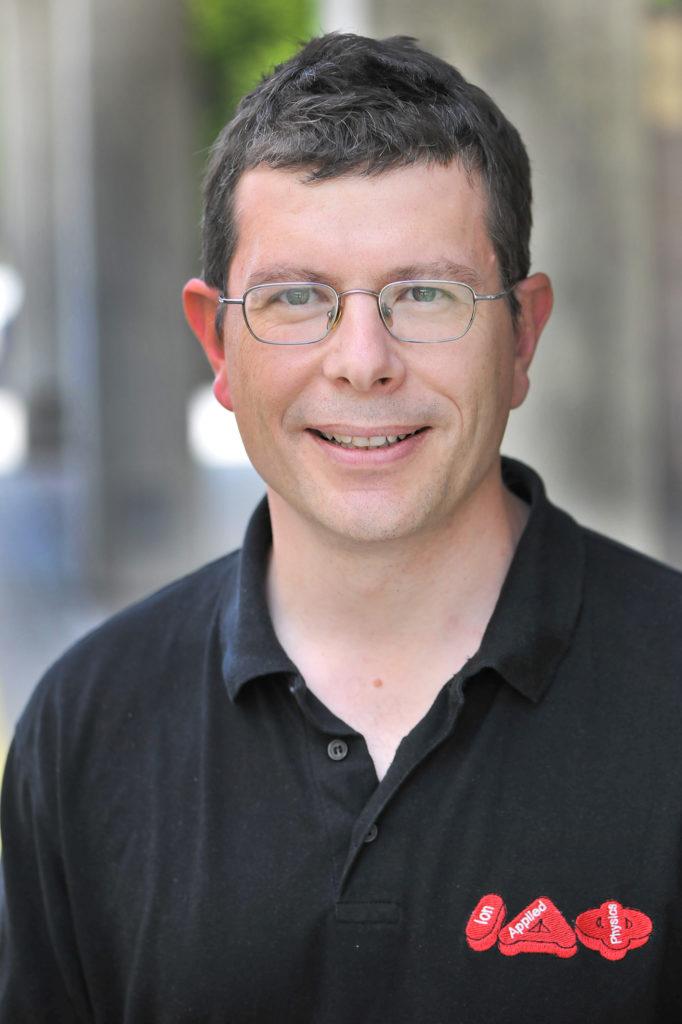 Der Universitätsprofessor Dr. Paul Scheier vom Institut für Ionenphysik und Angewandte Physik der Universität Innsbruck; Bild: PaulScheier©GerhardBerger-jpg