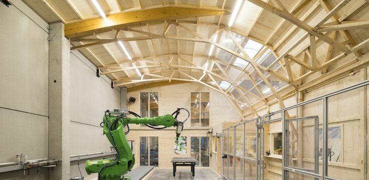 Roboter baut Labor